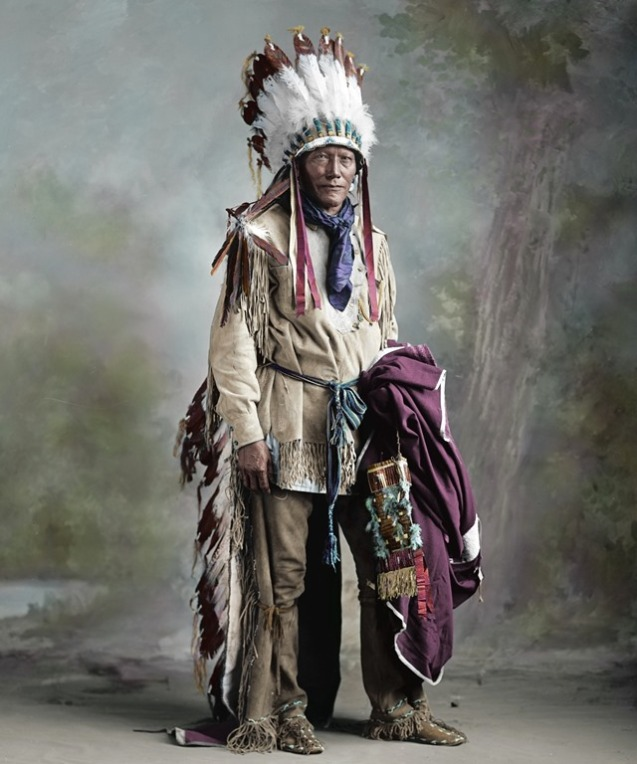 american-indians-native-americans-chief-feathers-911736-3840x2280